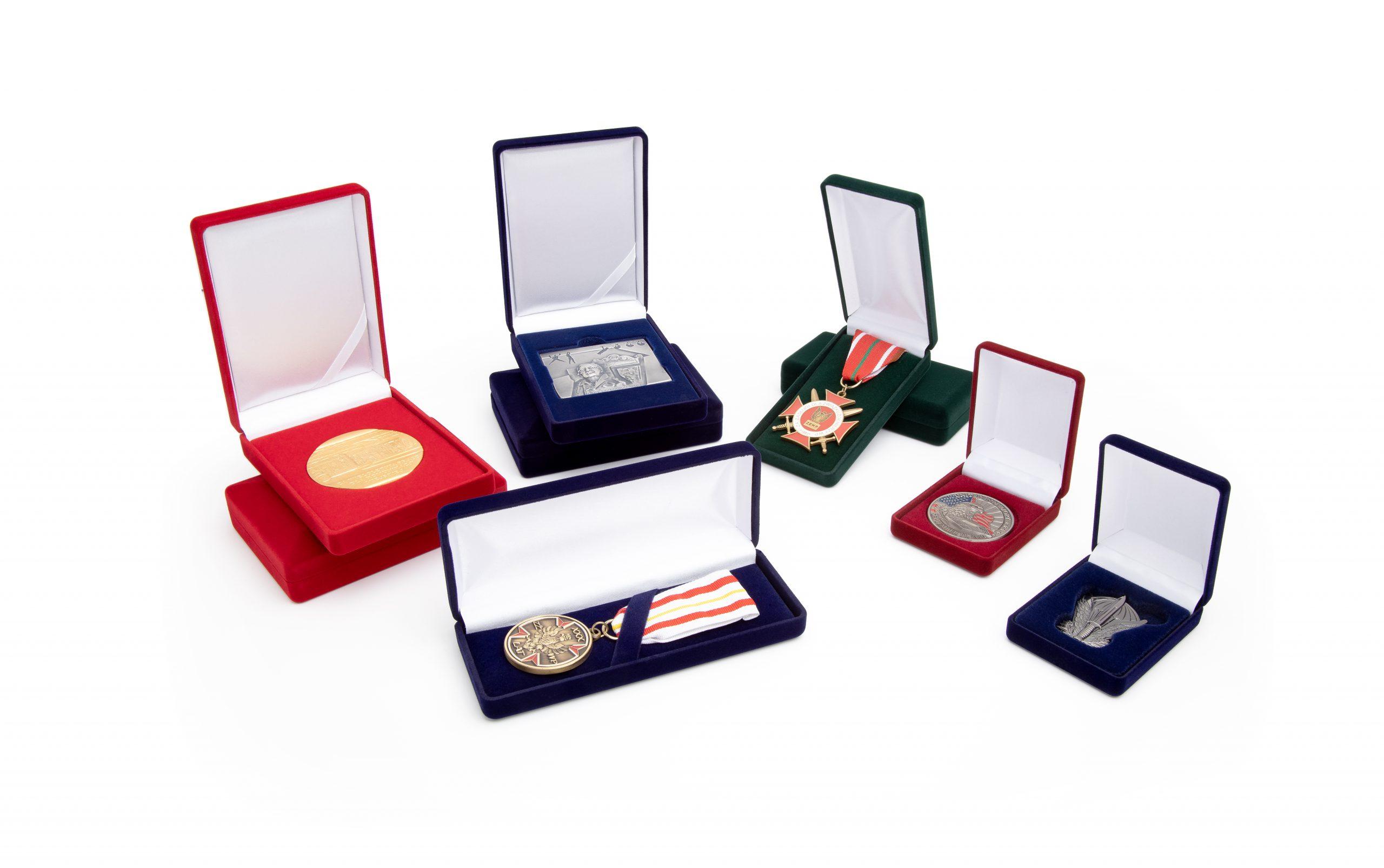 Etui na medal